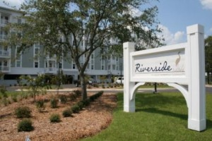 Riverside front sign